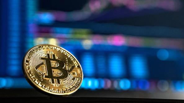 Bitcoin (BTC.X) price: the bull and the bear case